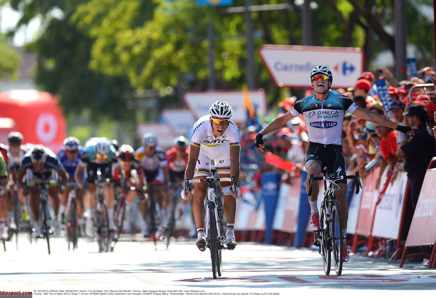 Zdenek beats the world champion and wins stage in Vuelta!